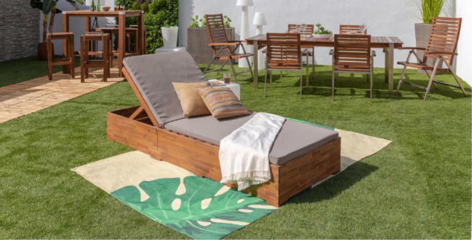 ambiente jardin tumbona - Cómo decorar porches y terrazas - noticias, blog | Muebles en Granada