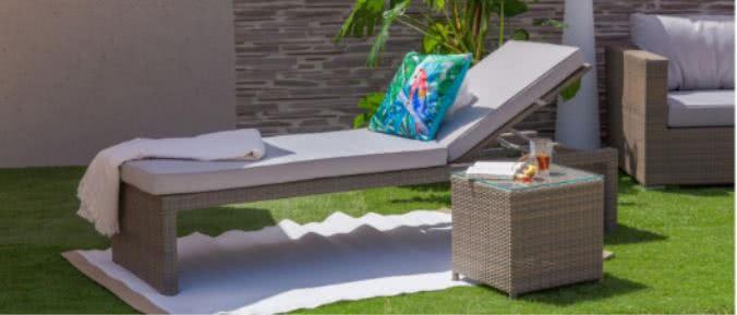 tumbona jardin - Cómo decorar porches y terrazas - noticias, blog | Muebles en Granada