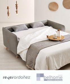 Sofá cama botton de reyes ordoñez abierto en habitación decorada 247x296 - Muebles en Granada -  | Muebles en Granada
