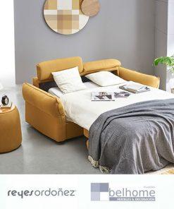 Sofá cama sense de reyes ordoñez abierto en habitación decorada 247x296 - Muebles en Granada -  | Muebles en Granada
