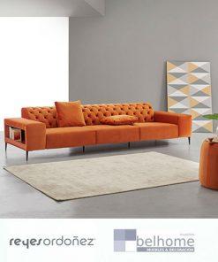 Sofá origen de reyes ordoñez en habitacion decorada 247x296 - Muebles en Granada -    Muebles en Granada