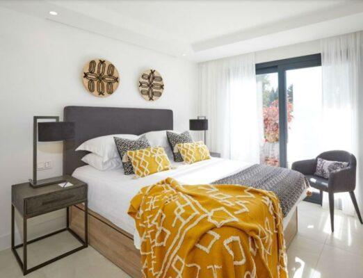 dormitorio amarillo gris 1 522x400 - Muebles belhome -  | Muebles en Granada